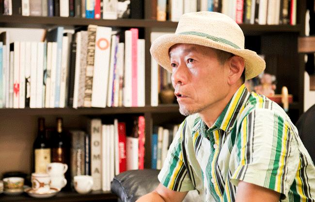 椿氏トップ写真
