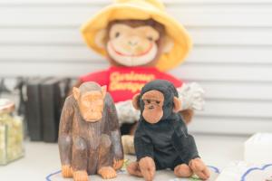 チンパンジーの人形