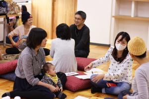「大人が主役の時間」では親が一人の人間として本音で語り合えることを重視している